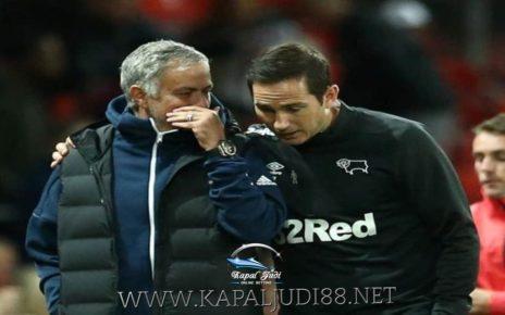 Chelsea vs Tottenham duel Murid Dengan Guru