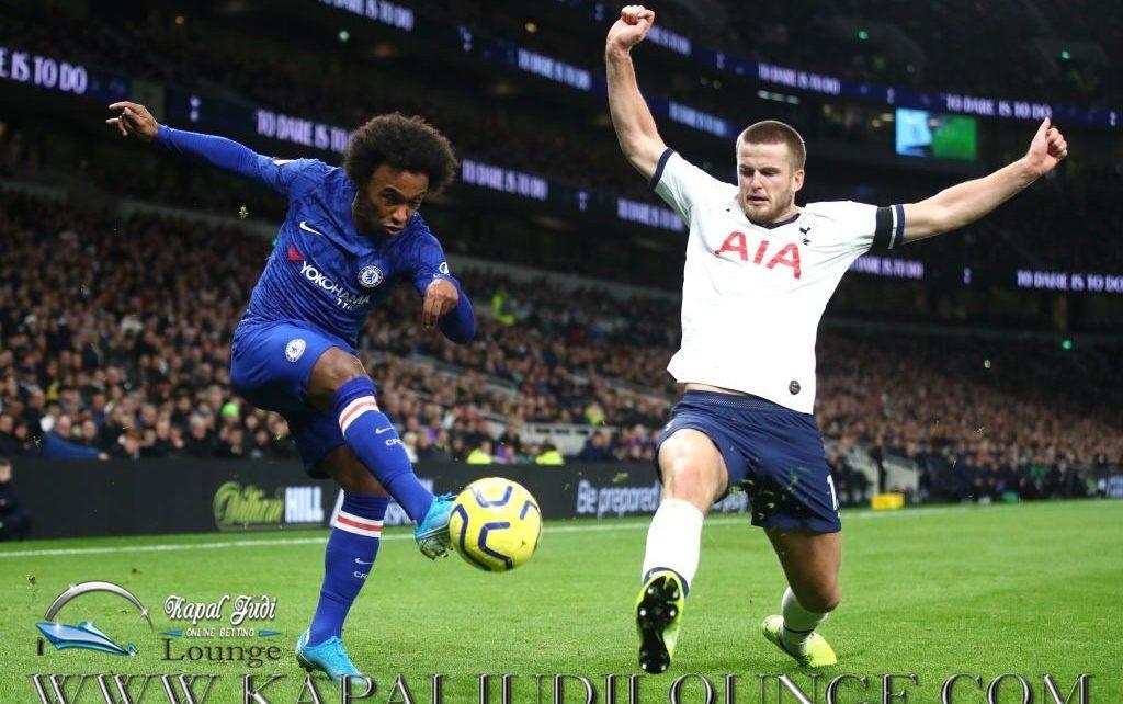Willian Akan Bergabung Bersama Tottenham Mulai Musim Depan