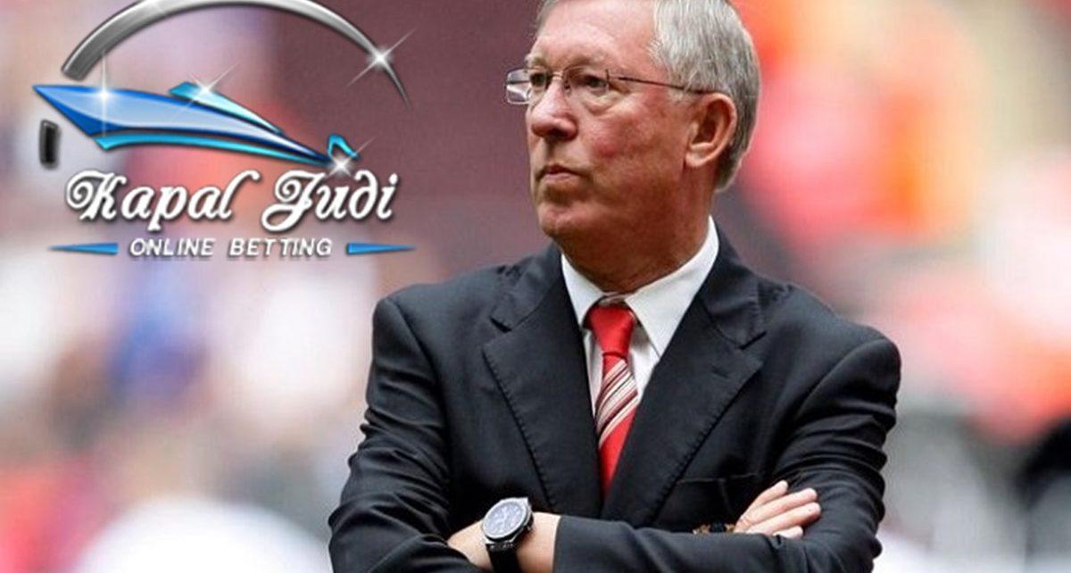 Ferguson Bingung Membedakan Rafael dan Fabio da Silva