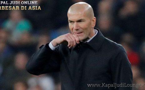 Musim ini Zinedine Zidane Yakin Real Madrid Akan Dapat Trofi Besa