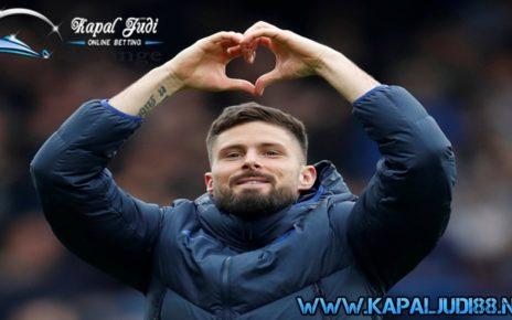 Chelsea Perpanjang Kontrak Giroud dan Caballero