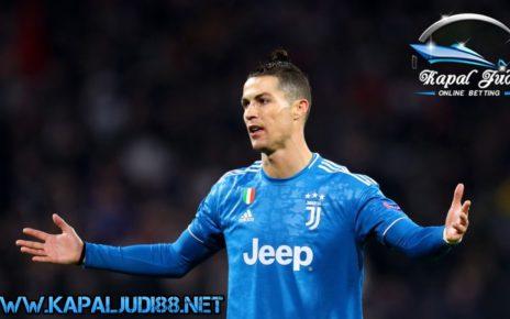 Ronaldo Saat Ini Tidak Bisa Pulang Ke Italia