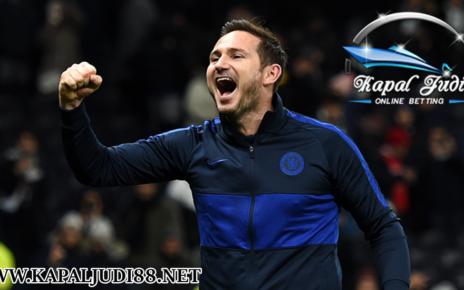 Frank Lampard Tuding MU Sering Diuntungkan VAR