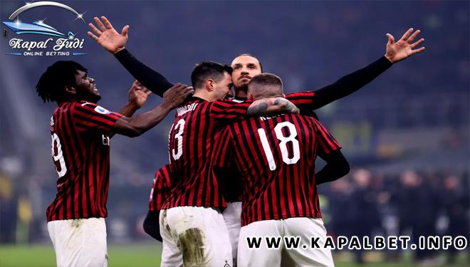 Ibrahimovic: Jika Milan Pertahankan Saya, Scudetto Bisa Diraih