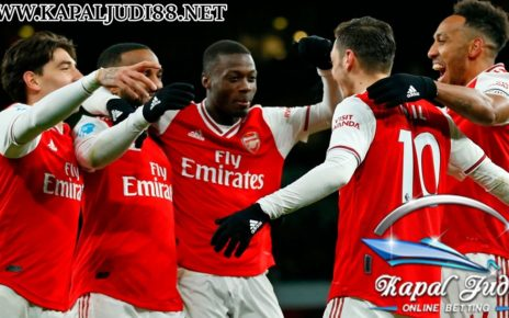 Arsenal Mesti Lebih Berani Belanja Pemain demi Empat Besar