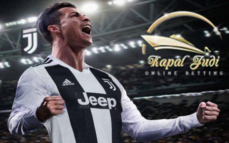 Christiano Ronaldo Akan Bangkitkan Juventus Kembali