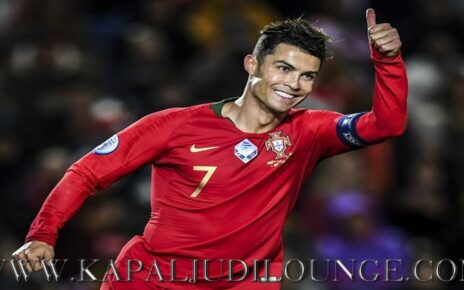 Cristiano Ronaldo Mencetak 100 Gol Lebih Bersama Timnas Portugal