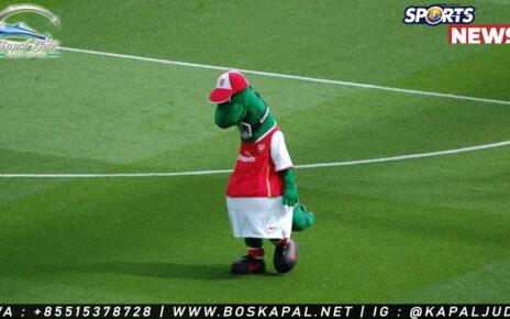 Gunnersaurus Kembali ke Arsenal