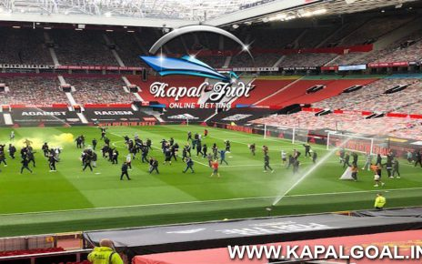 Laga Manchester United vs Liverpool