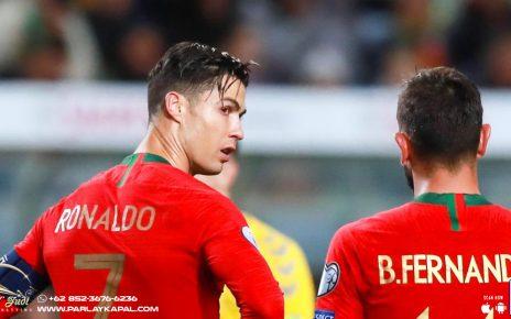 Ronaldo atau Fernandes Yang Jadi Eksekutor Penalti MU?